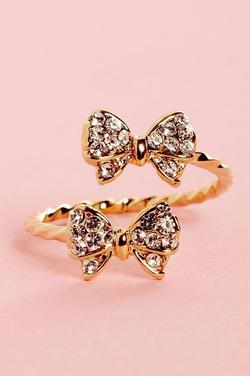Big Girl Bows - would love in a white metal!