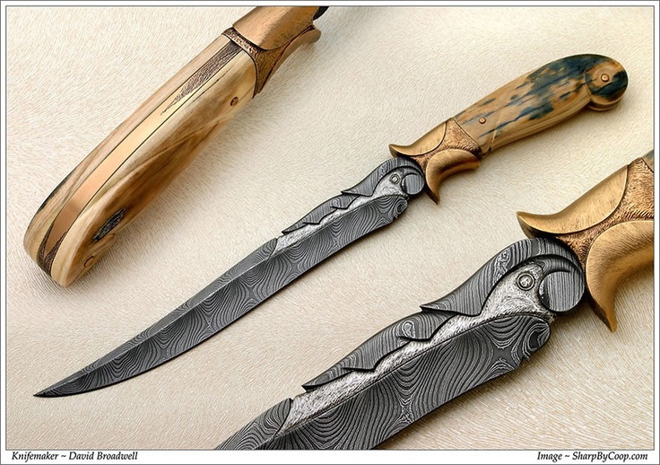 Knifemaker David Broadwell. This Persian Fighter was a special order. The handle frame was fabricated from bronze, carved and textured. Scales are mammoth ivory.: Broadwel Damascus, Bronze Frames, Custom Knives, David Broadwel, Blacksmithing Items, Blacksmithing Inspiration, Handles Frames, Knives Blad, Mammoth Ivory