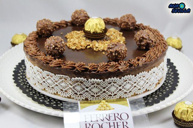 Dedicada a una artista amiga mía, Sandra Jiménez y Telepostre, última receta para este año. Tarta de Ferrero Rocher y nutella cocina tradicional. !FELIZ AÑO A TOD@S!!!  Leer más