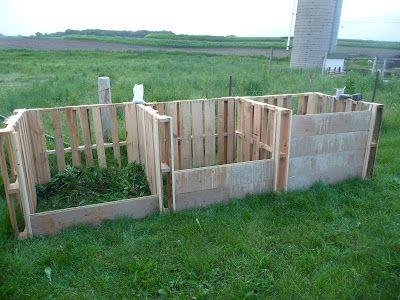 DIY pallet compost system
