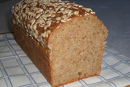 Buttermilk bread with oatmeal and lean quark   – Brot und Brötchen