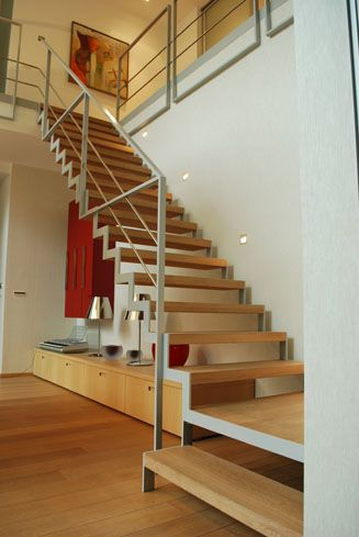 25 beste idee n over metalen trap op pinterest trap ontwerp en trappenhuis ontwerp - Houten trapontwerp ...
