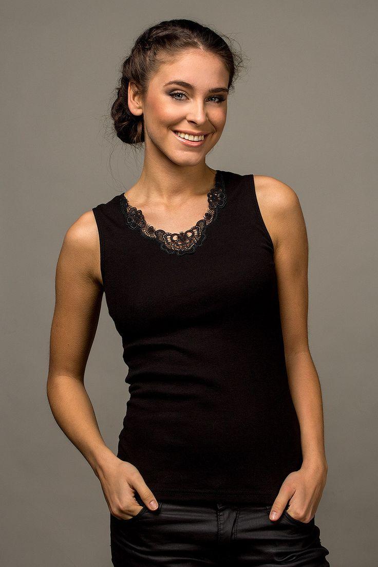 https://galeriaeuropa.eu/t-shirty-damskie/300013907-podkoszulka-model-malika-black