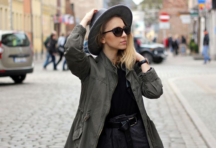 Emily Imagination wearing Solano #sunglasses #fashionblogger #fashion #stylish