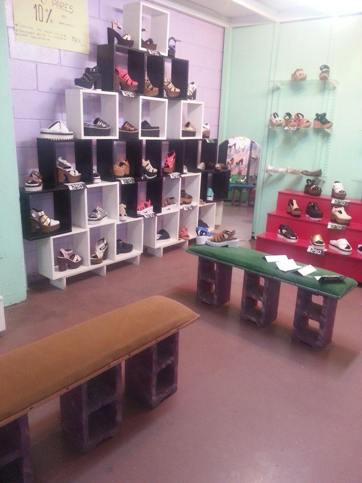 Zapatos damas, caballeros y niños. Envios al interior. 3 pares descuento 10%