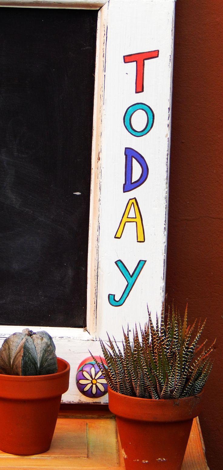 "Pizarra ""Enjoy Today"" (detalle)"