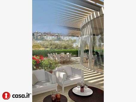 BERGAMO _ VIA VERDI Una tra le soluzioni piu' esclusive del panorama immobiliare bergamasco. Una villa contemporanea all'ultimo piano, con vista...