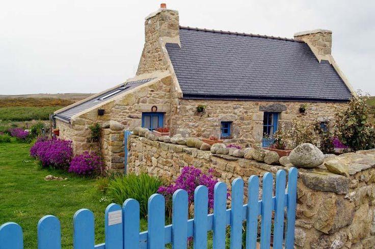 Visiter Sein Maison De Pecheur Maison Bretagne Maison Traditionnelle Bretagne