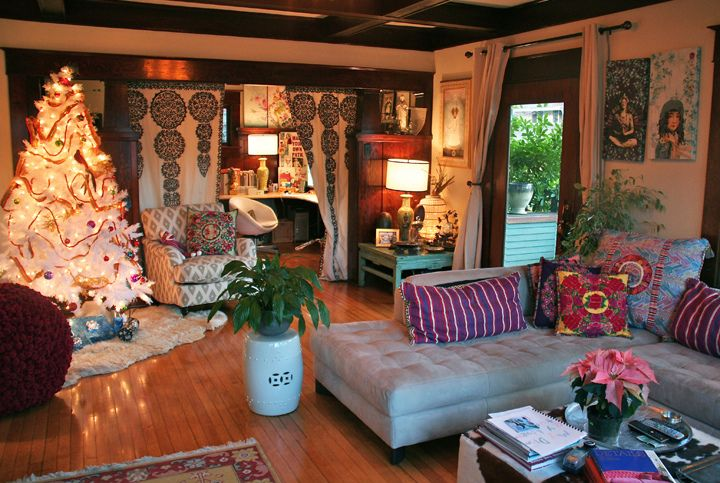 Boho living room...I want that couch