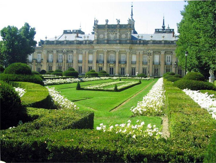 Isabel reside finalmente en el palacio de la Granja