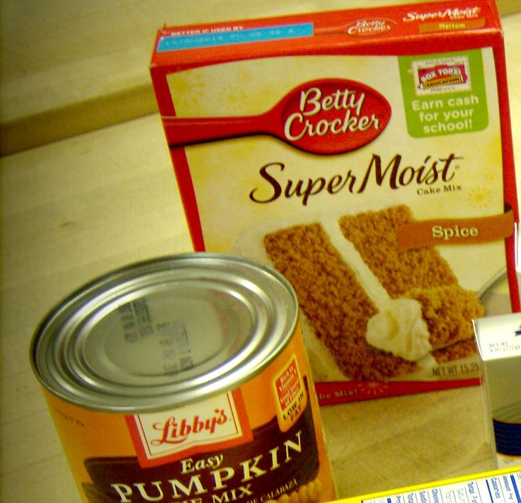 These are so easy and delicious!!!  Mix 1 box Spice cake mix with 1 large can of pumpkin, spread in a pan and bake at 350 degrees for 35 minutes . THAT'S IT!!  No eggs, no oil!!!