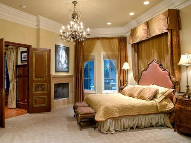 Master Bedroom The Bachelorette Mansion In Charlotte Great Room