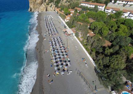 Spiaggia del Th Resort Capo Calavà Village a Giosa Marea Sicialia