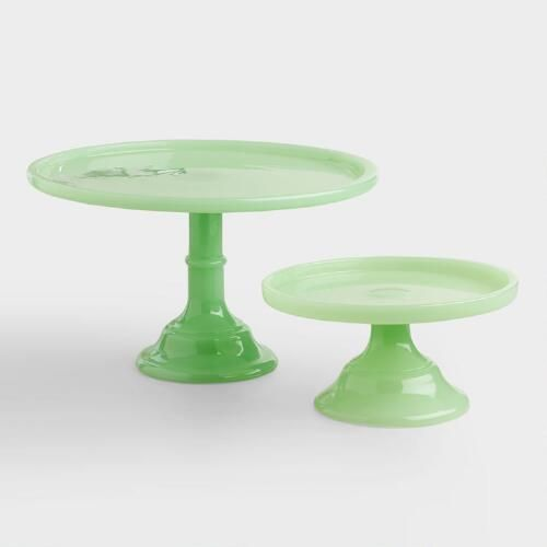 In an ethereal opaque green hue, this glass pedestal boasts a classic cake stand silhouette that's perfect for showcasing your latest kitchen creation. Arrange several of these stands in multiple sizes for five-star culinary style.