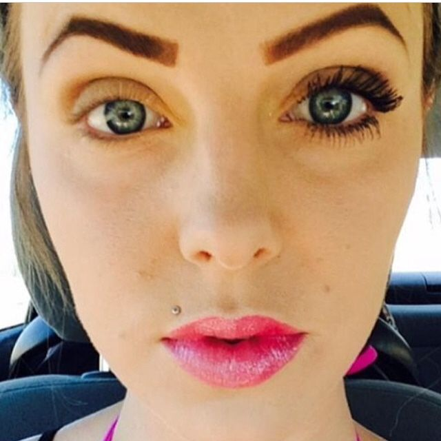 younique 3d fiber lash mascara makeup https://www.youniqueproducts.com/CheyenneNickole
