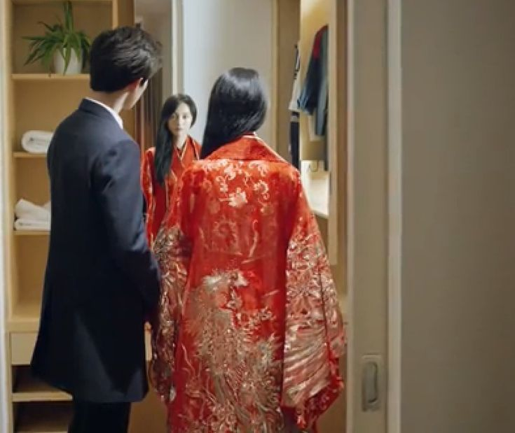 Back Of Chinese Wedding Dress From Love 020
