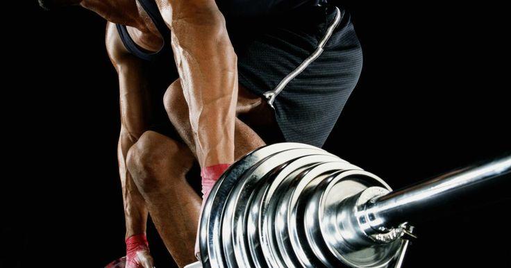 Sentadillas y peso muerto dos veces por semana para desarrollar masa muscular