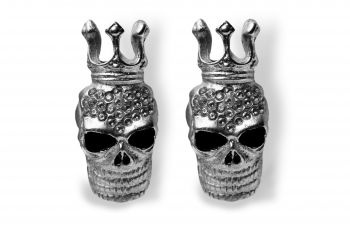 Striking and rebellious silver-plated crowned skulls with 26 Swarovski crystals of highest quality.  http://mysfashion.com