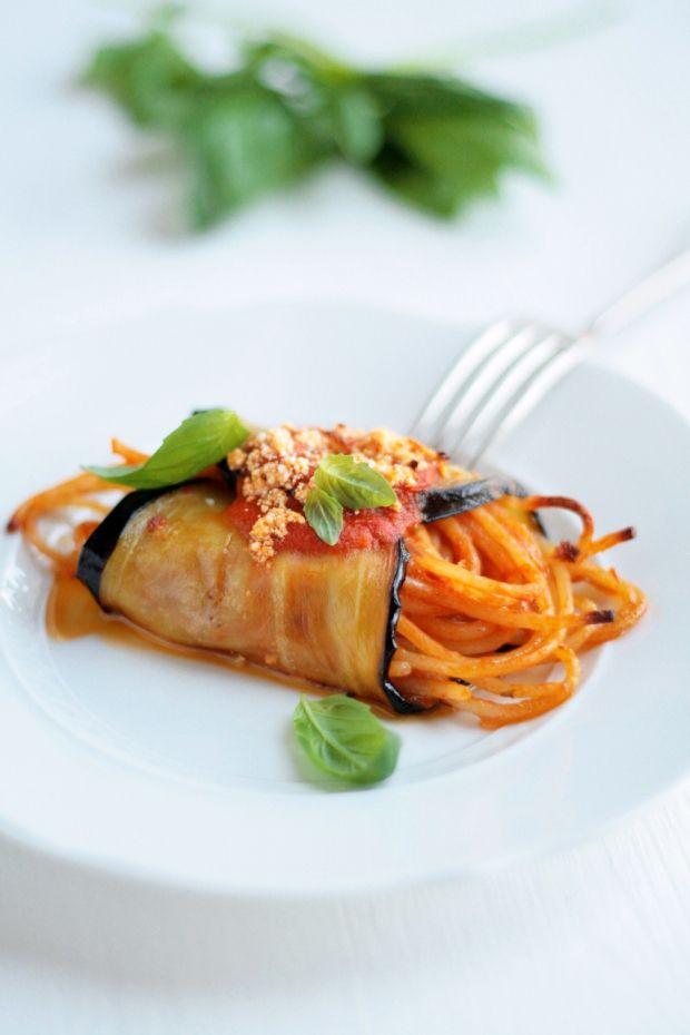 sicilian spaghetti-eggplant rolls