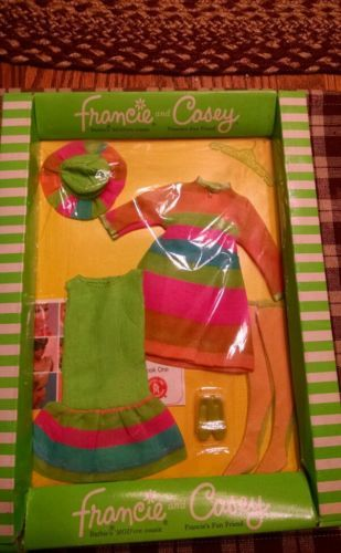 Francie and Casey - #1230 Merry Go Rounders - Mod Era Outfit NRFB