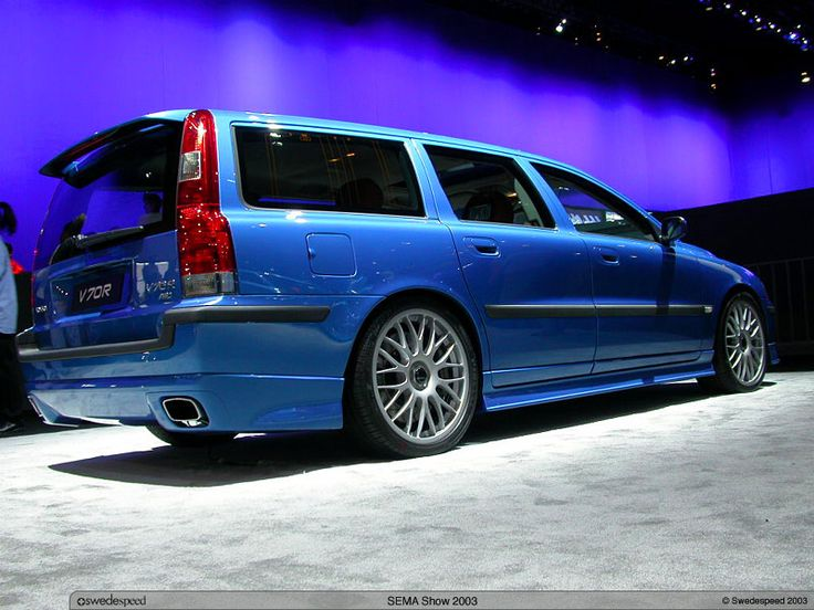 Volvo V70R with a concept dual exhaust and sport kit...wish they made it into production!