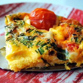 Baked omlette with herbs - a great breakfast! (in Romanian)