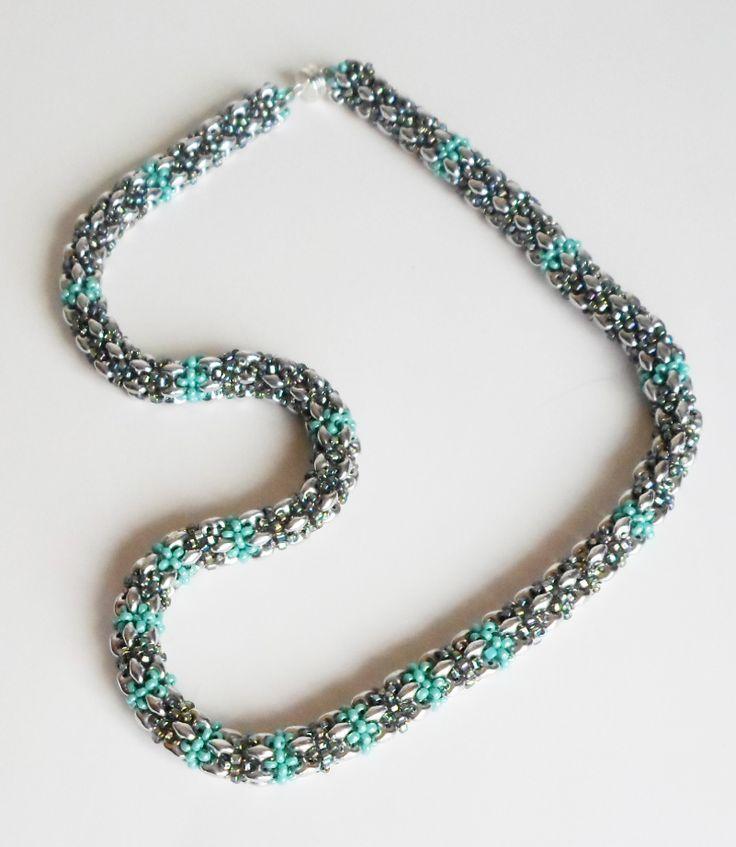 3049 My adaptation of Jill Wiseman's Daydreamer necklace  $75  by Darlene Pfahl