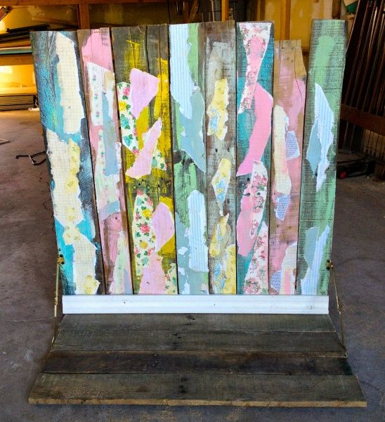 Learn to make a photo backdrop from an old wood pallet. Perfect for product shots!