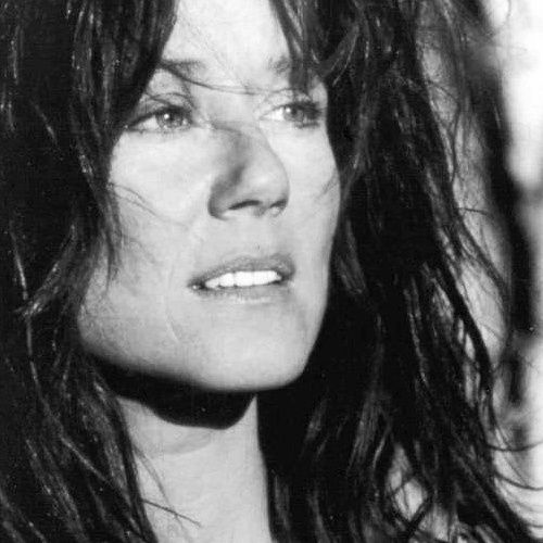 Mary McDonnell . Dances with Wolves