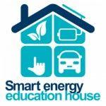 Посетители выставки «Royal Queensland Show» (EKKA) в городе Брисбен, штат Квинсленд в Австралии будут иметь возможность осмотреть дом, оснащённый по передовым энергетическим технологиям, в том числе с использованием солнечных батарей и батарей для хранения энергии.