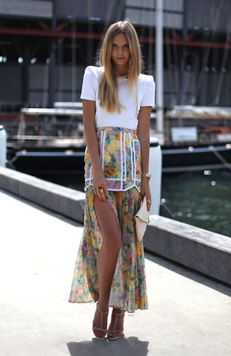 I need that skirt in my life asap, and the t-strap heels please