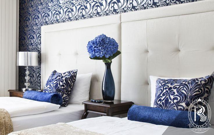 Pokój niebieski. / Blue Room. #RezydencjaHotel #design #Turkus #Turquoise #besthotel #pokój #room #apartament  #luxurydesign #luxurious #luxury #wystrój #hotels #rezydencja