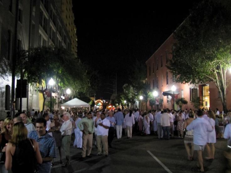One night each August, New Orleans art lovers descend on Julia Street for White Linen Night.