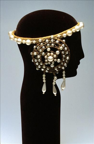 Headdress worn by Nellie Melba in Otello, 1924