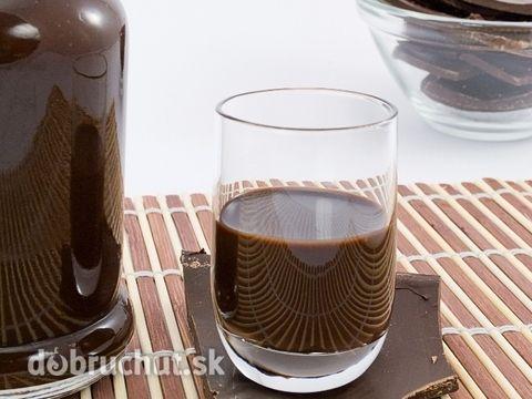 Čokoládový likér -  Zmiešame spolu cukor a pivo a dáme do väčšieho hrnca. Následne prisypeme vanilkový cukor a kakao, ktoré sme vymiešali...