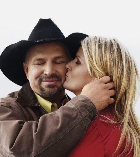 Garth Brooks & Trisha Yearwood..