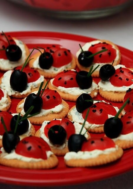 bug party food: Recipe, Cream Cheese, Ladybugs Snacks, Parties Ideas, Lady Bugs, Ladybugs Parties, Tomatoes, Olives, Parties Food