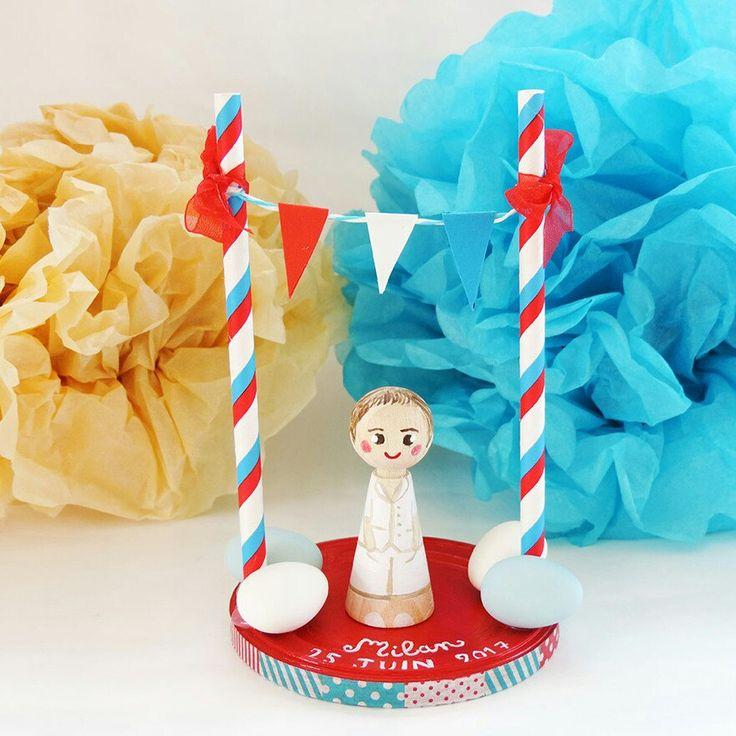 Et voici une nouvelle réalisation de figurine personnalisée accompagné de son décor pour un baptême sur le thème du cirque