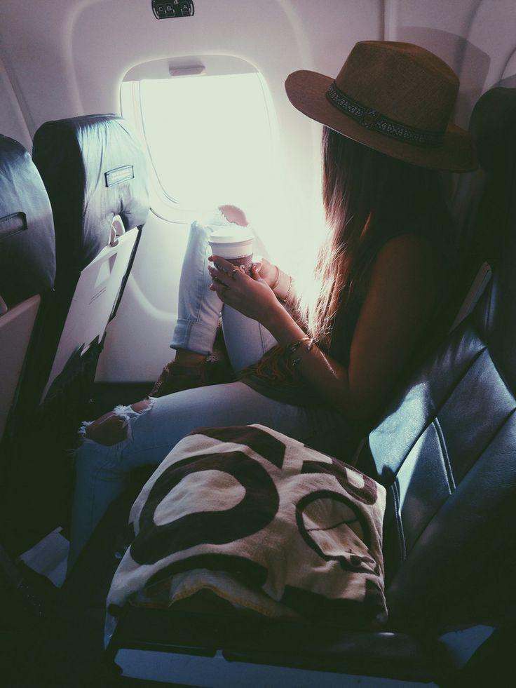 Einen Koffer richtig zu packen ist gar nicht mal so schwierig: http://www.gofeminin.de/reise/koffer-richtig-packen-s1637844.html