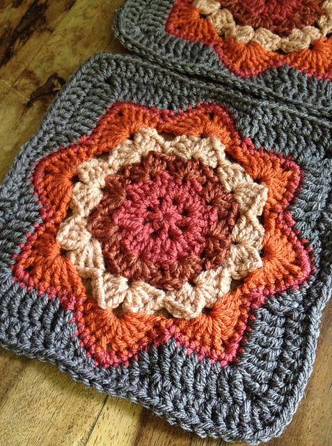 Ravelry: chitweed's Round Ripple Afghan Square, crochet pattern by Julie Yeager. Easy square. Great fun to play with colors on this pattern.