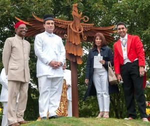40mercuryMH Temple founder Dr Rao Narashina, Lord  Karan Bilimoria, Freddie Mercury's sister Kashmira Cooke and MC Raaj Shamji with Luke Perry's sculpture.    THE family of legendary Queen frontman Freddie Mercury officially unveiled Cradley Heath art