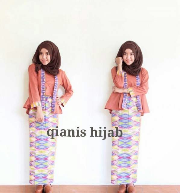 25 best QIANIS HIJAB images on Pinterest  Hijabs Batik solo and
