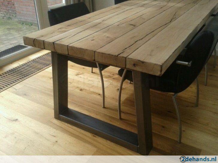 Industriele tafel grote robuuste eettafel rvs eiken balken houtmeubels pinterest balken - Tafel eetkamer industriele ...