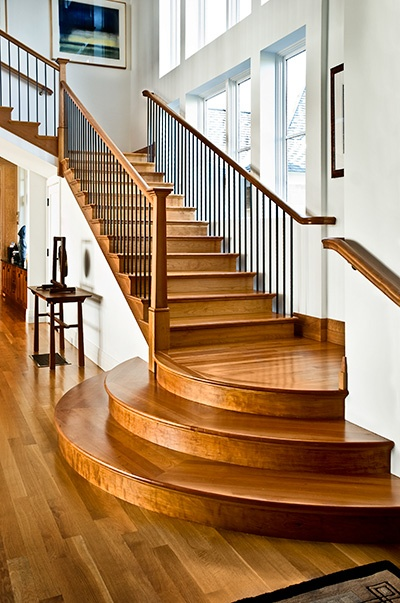 Best Rounded Landing Adds Custom Detail To Straight Stair 400 x 300