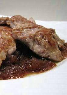 Filet mignon à la compotée d'oignons rouges