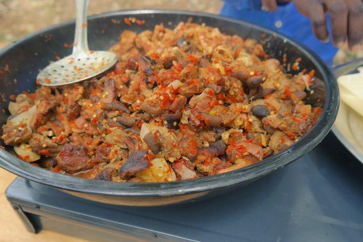 berry dakara, travel, road trip, ibadan, nigeria, africa, tourism, tourist, travel blog, blogger, naija treks, food, nigerian food, asun, goat meat