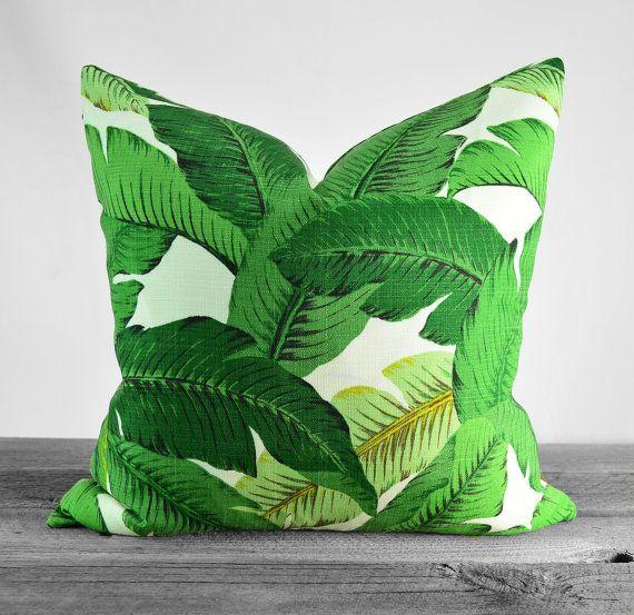 Coussins/couverture - Tommy Bahama intérieur/extérieur balancement des palmiers Aloe tissu - nuances de vert sur Ivoire - Choisissez votre taille