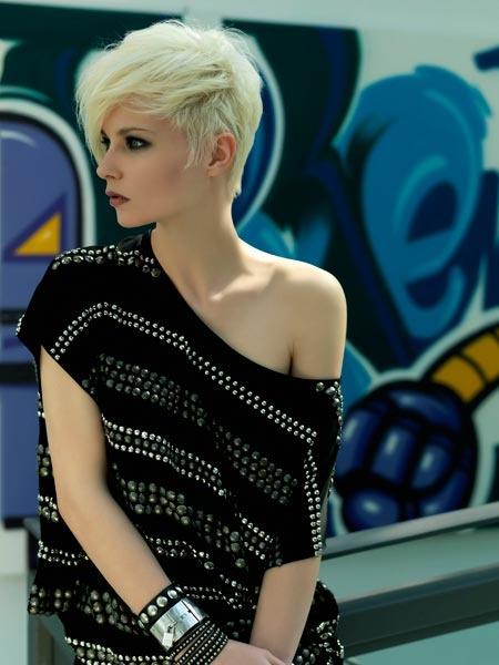 http://www.estetica.it Hair Concept: Baltieri, Labriola, Martini, Pandolfi, Kersic, Kaminski  Stylist: Capelli Models La Senk Agency  Photo e Design: Turello