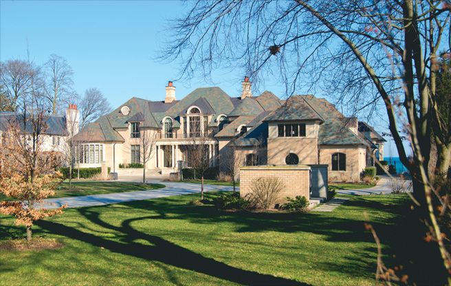 """Mansion in Oakville, Ontario  North Country Semi-Weathering Green roofing slate, 18"""" x random x 3/8""""-1/2"""""""