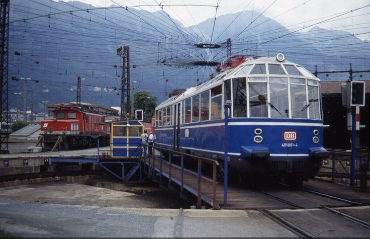 Fuchs Emu, DB 491 001-4 in Innsbruck Hauptbahnhof, Austria